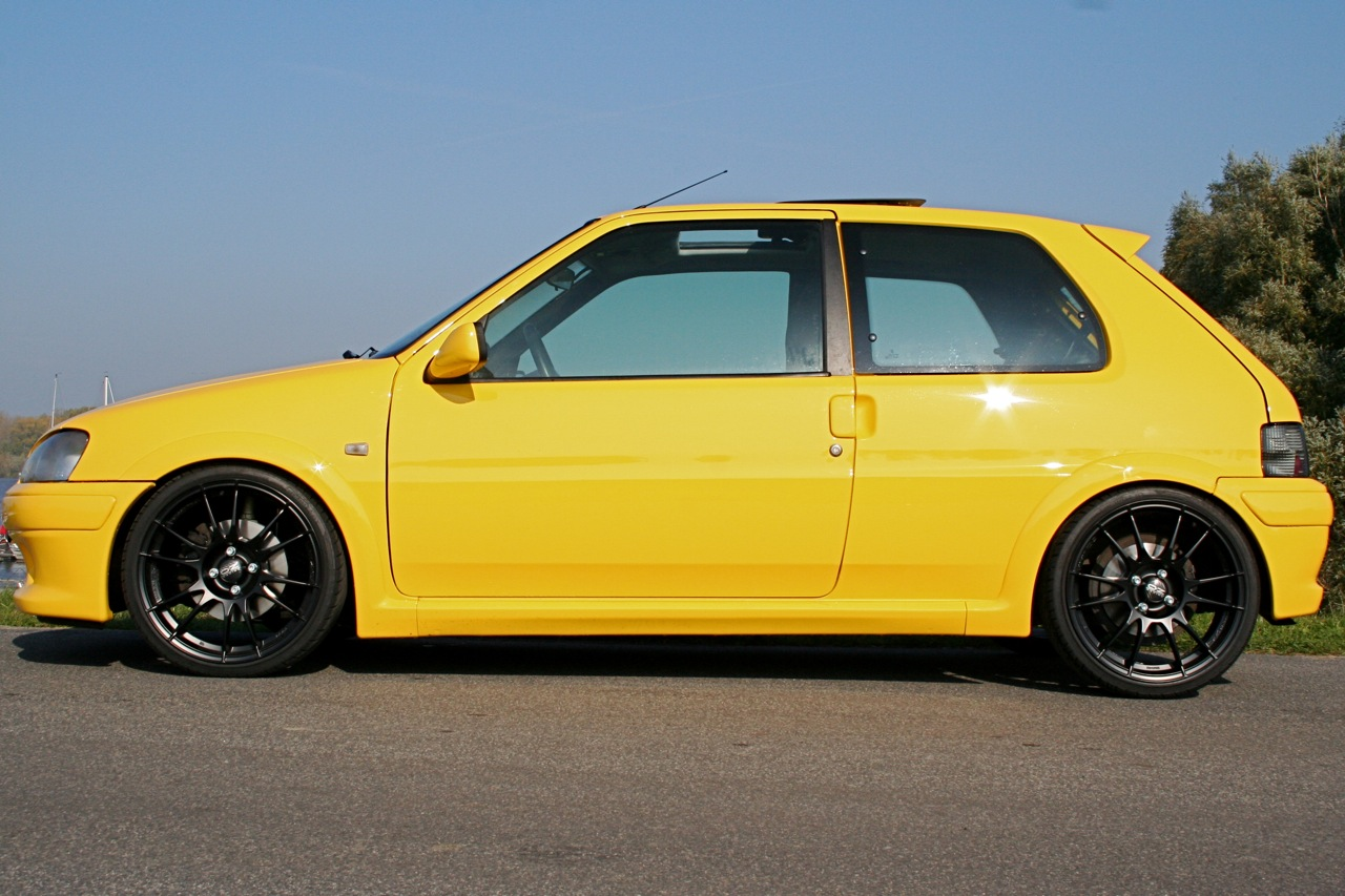 Steves Peugeot 106 S16 Yellow Wwws16de